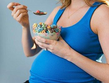 Список, что нельзя есть и пить беременным