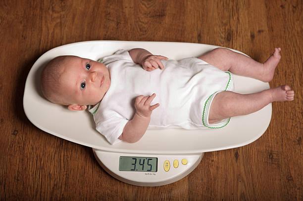 Нормы прибавки в весе у новорожденных