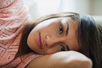 Розовые выделения перед месячными беременность